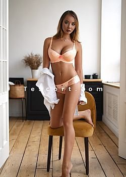 miss Ariana Escort girl Paris