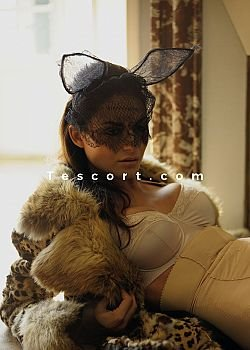 CHLOE Escort girl Paris